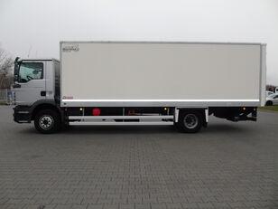 изотермален камион MAN TGM 15.250 KONTENER ŁAD.7.600kg WINDA