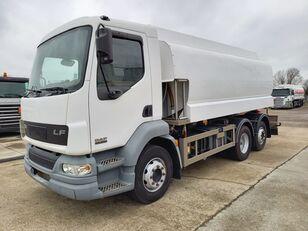 камион-цистерна DAF