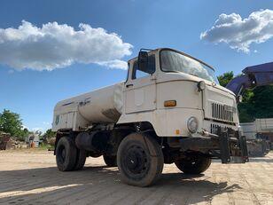 камион-цистерна IFA L 60 1218 4x4 DSK