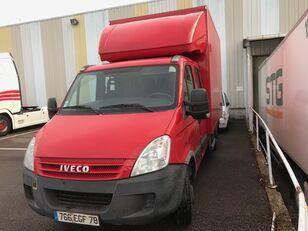 камион фургон IVECO Daily