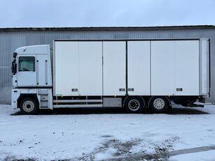 камион фургон RENAULT MAGNUM 520.26