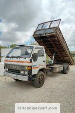 камион кипер TOYOTA Dyna 300 14B 3.6 diesel left hand drive 7.5 ton