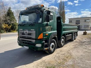 камион кипер HINO 700