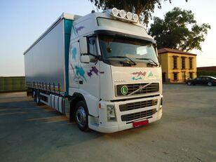 камион со церада VOLVO FH 440