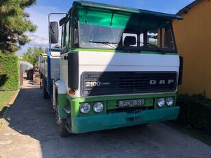 камион со рамна платформа DAF FA 2100
