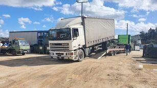 камион со завеса DAF 95 330