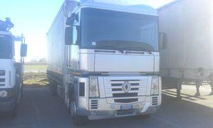 камион со завеса RENAULT MAGNUM 480