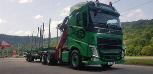камион за превоз на дрва VOLVO FH13 540 6x4 + UMIKOV