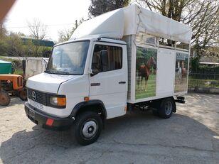 камион за превоз на коњи MERCEDES-BENZ 609