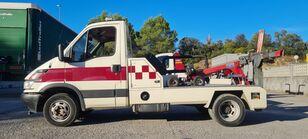 камион за шлепување IVECO daily