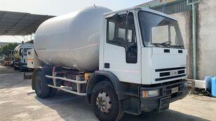 камион за транспорт на гас IVECO 150E18 LPG/GAS CAPACITY 16200LTR + PUMP + LITERS COUNTER