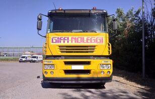 камион за транспорт на возила IVECO Magirus