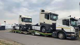 камион за транспорт на возила SCANIA P400