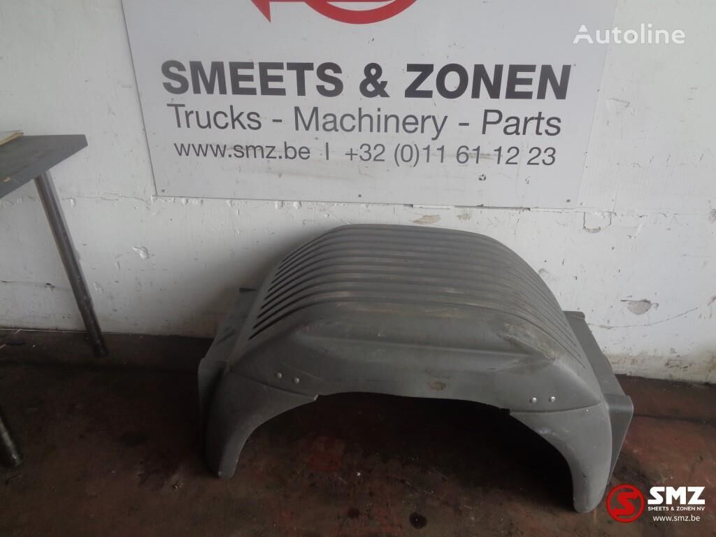 калник MERCEDES-BENZ Occ spatborden 114x65 a974 522 04 02 за камион MERCEDES-BENZ